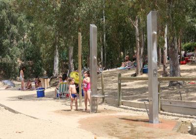 Duchas Playa Isla del Zujar